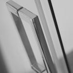 Slankiojančios dušo durys ROLTECHNIK AMBIENT LINE AMD2/1500 skirtos montuoti į nišą su sidabro spalvos profiliu ir skaidriu stiklu 150cm-voniosguru.lt