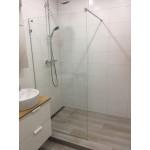 Baltijos brasta berėmė dušo sienelė DORA-voniosguru.lt